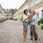 Estate agents have lowest stock of homes for 40 years – BBC News