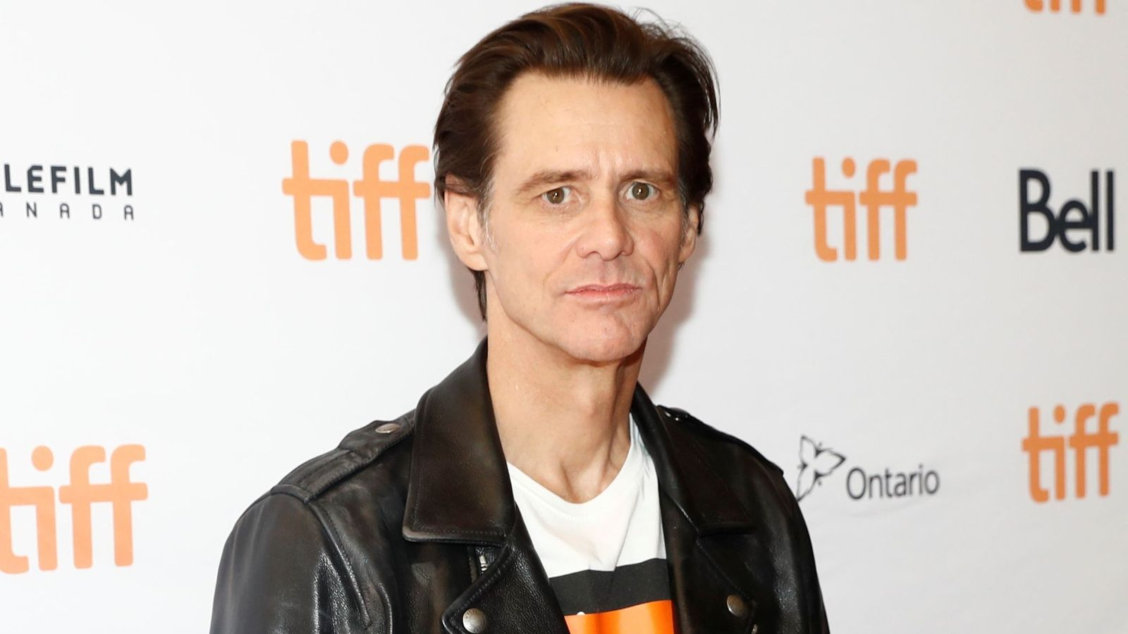 an analysis of jim carrey the actor Carrey regularly posts politically inspired artwork to his twitter account, and is an active voice on political issues actor and comedian jim carrey has always been known for.