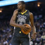 Warriors star Kevin Durant rips media: 'Let us play basketball, that's all I'm saying'