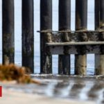 US Supreme Court gives go-ahead for Trump wall funding