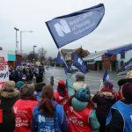 Thousands of NI nurses go on strike