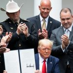 Trump signs executive order on police reform