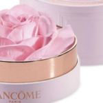 Lancôme La Rose A Poudrer Highlighter Is The Prettiest Beauty Product You've Ever Seen