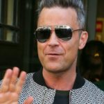 Robbie Williams to release new album on YouTube
