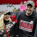 Blake Shelton & Gwen Stefani: Fans Beg Him To Propose After He Gushes Over Her