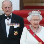 Royal staff called to Buckingham Palace for 'emergency meeting'
