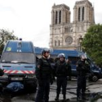 Paris's Notre-Dame: Attacker shot outside cathedral