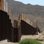 Trump talks up solar panel plan for Mexico wall – BBC News