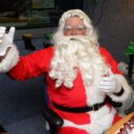 Santa Claus to take calls Friday morning on WMAS-FM, 94.7